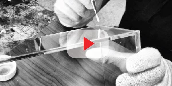 Come incollare e saldare lastre in plexiglass