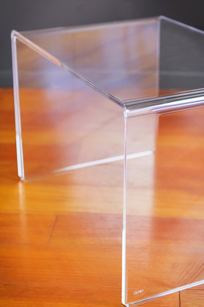 Tavolini in plexiglass da salotto vendita online - Tavolino plexiglass ...