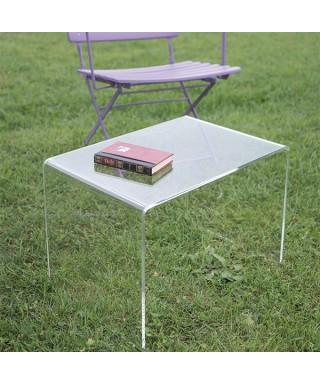 Richiedi un tavolino da salotto a ponte in plexiglass trasparente su misura