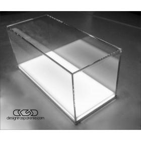Teca LED 30x30h30 con base bianca illuminata realizzata in plexiglass