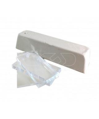 Pasta per lucidare il bordo del plexiglass e per togliere i graffi