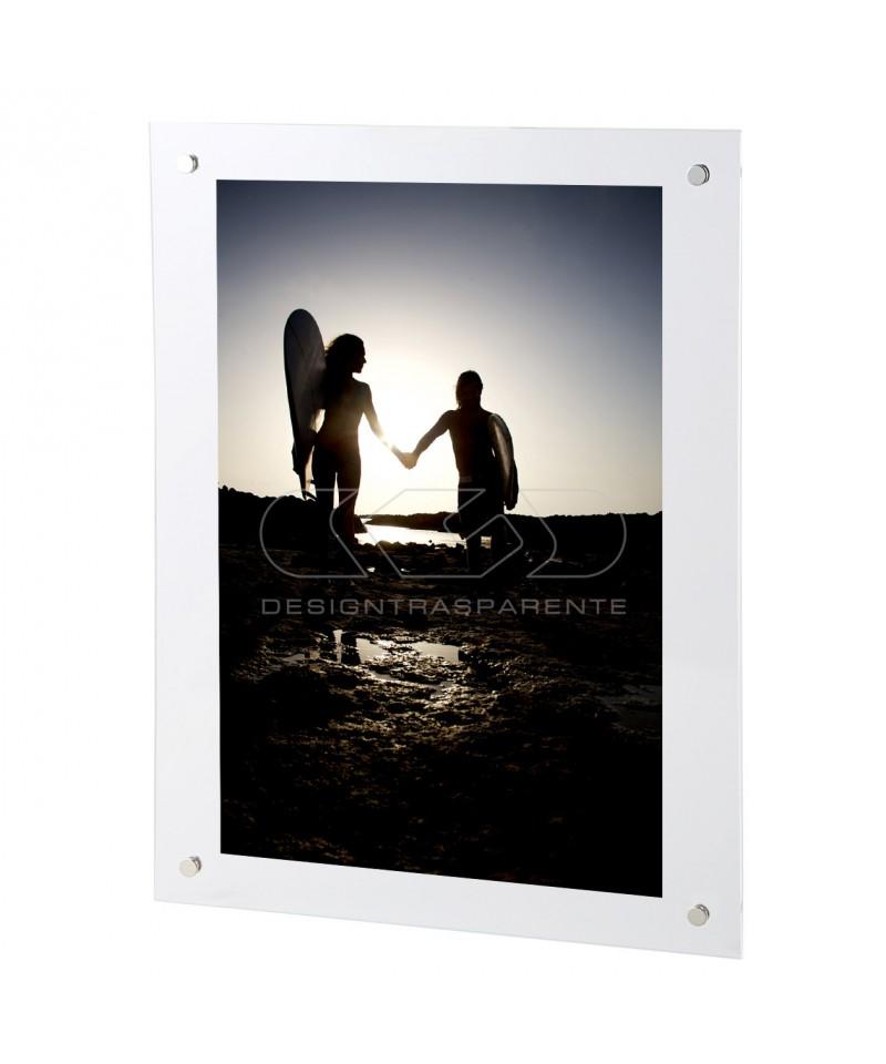 Cornice a giorno cm 65x50 in plexiglass con gancio trasparente