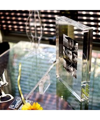 Cornice cm 15 portafoto da tavolo in plexiglass trasparente a magnete
