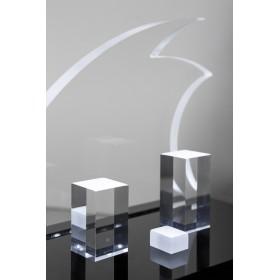 Presepe moderno stilizzato in plexiglass trasparente illuminato a led