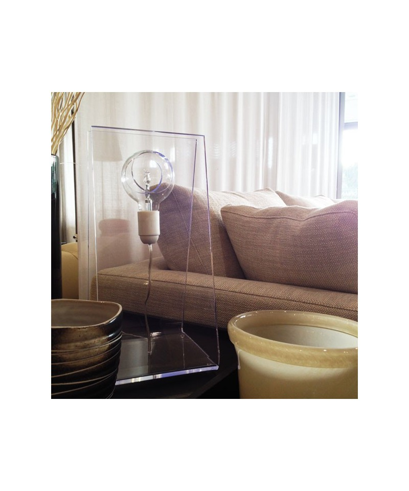 Lampada Da Tavolo Moderna In Plexiglass Prezzi Online