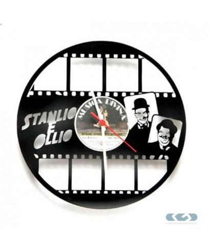 Watch 33 rpm vinyl - Pulp Fiction