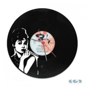 Watch 33 rpm vinyl - Audrey Hepburn