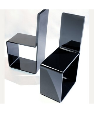 Sedia in plexiglass nero