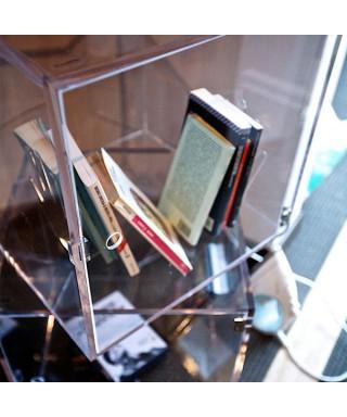 Cubo vetrina 25x25x25 con sportello in plexiglass trasparente