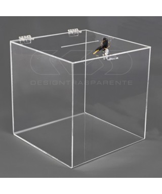 Transparent Display Urn