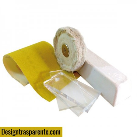 Kit for polish scratches and for opacified plexiglass